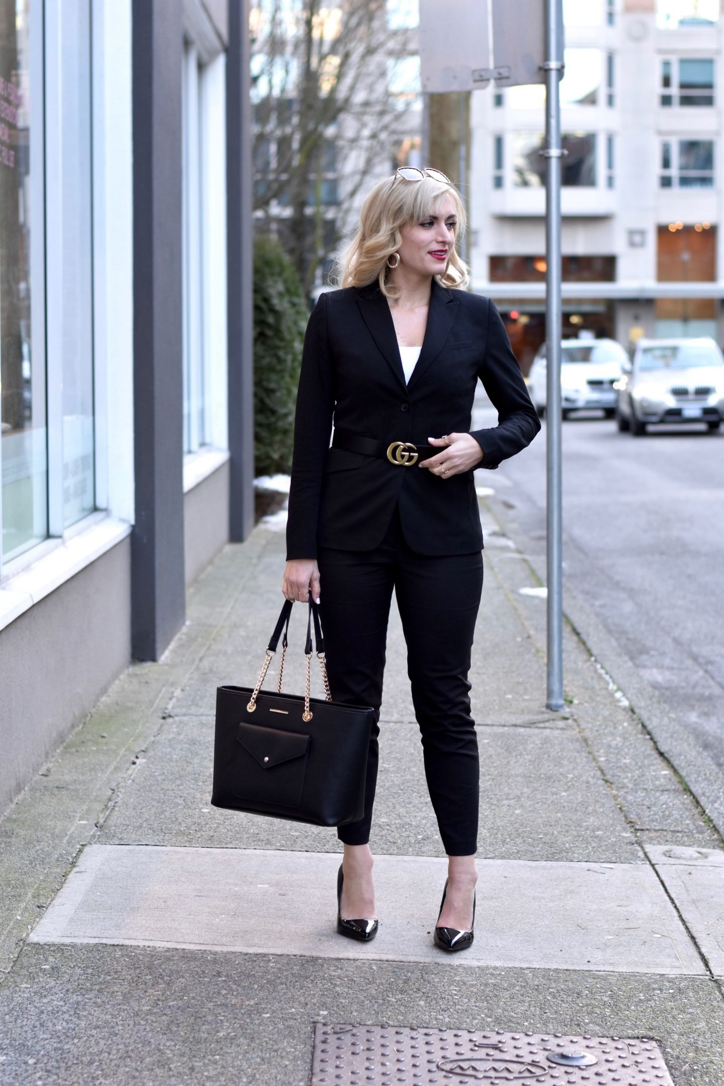 how to wear a pant suit and still look young and fashion forward