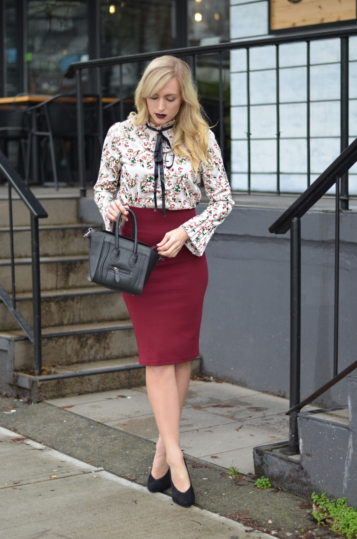burgundy pencil skirt office outfit idea