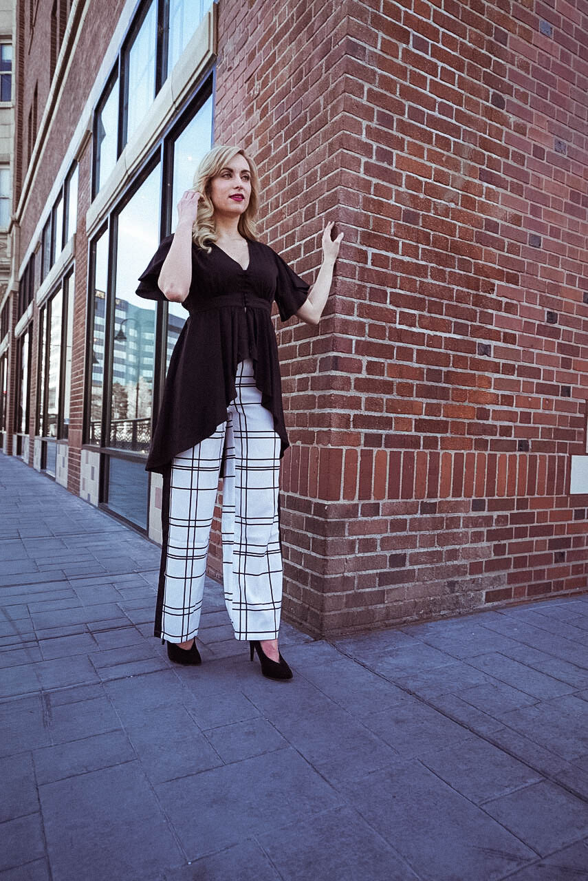 what to wear with palazzo pants