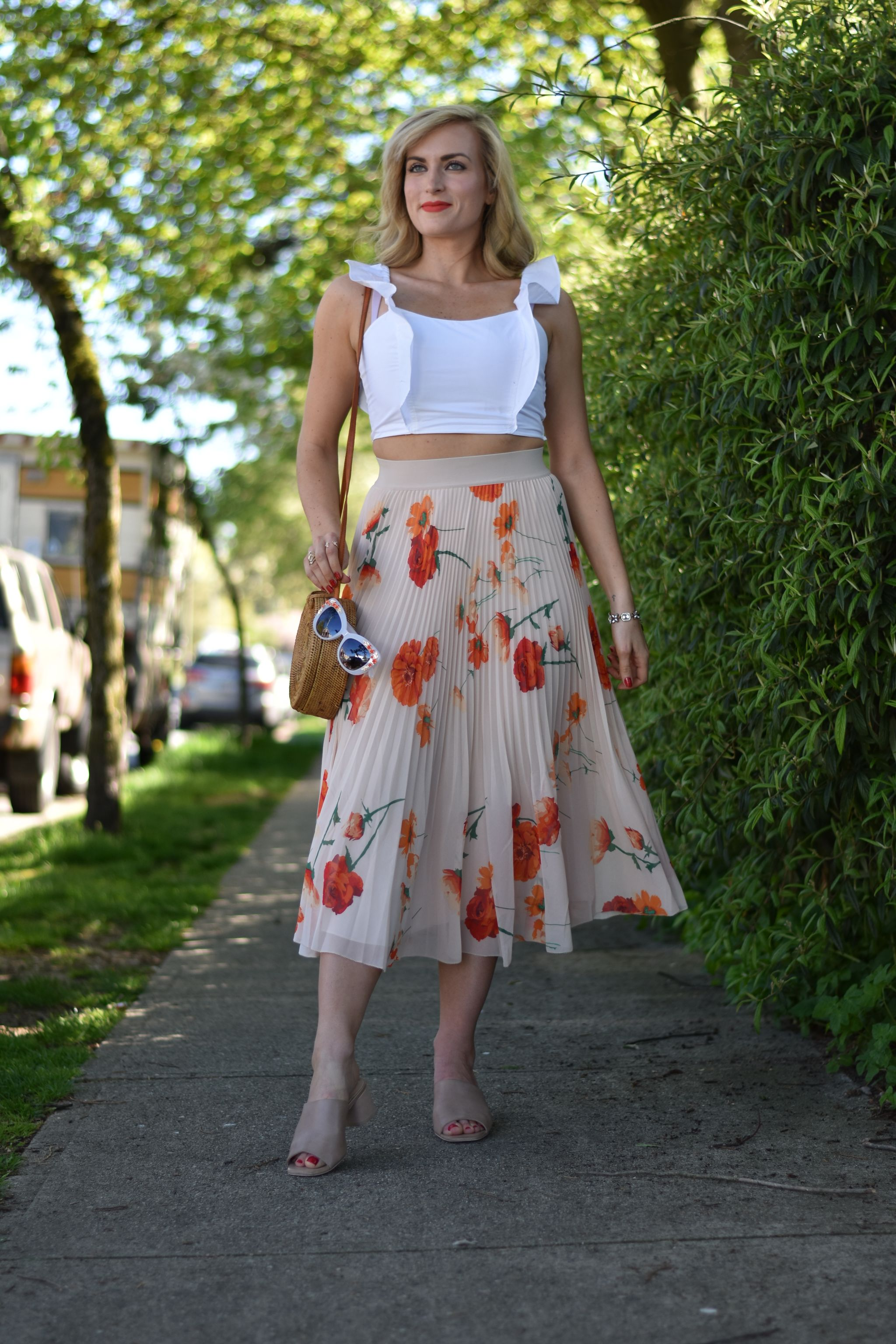 aritzia outfit pleated wilfred midi skirt and crop top