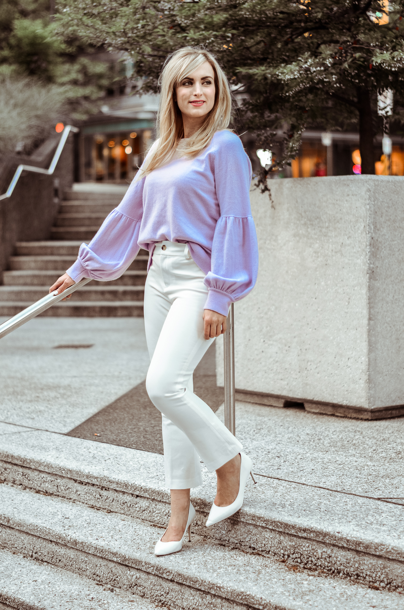 fashion blogger legallee blonde wearing white capri pants and lilac cashmere sweater