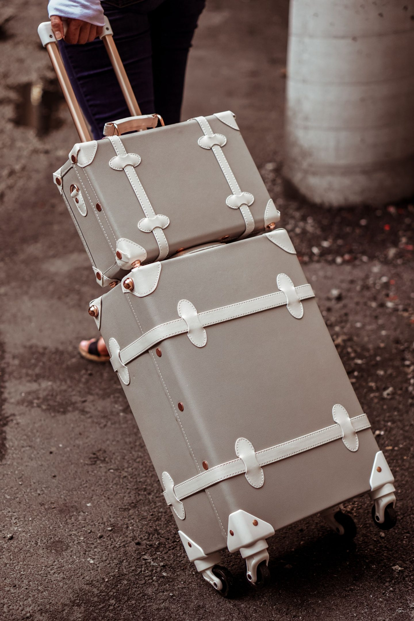 vintage style grey and rose gold luggage set