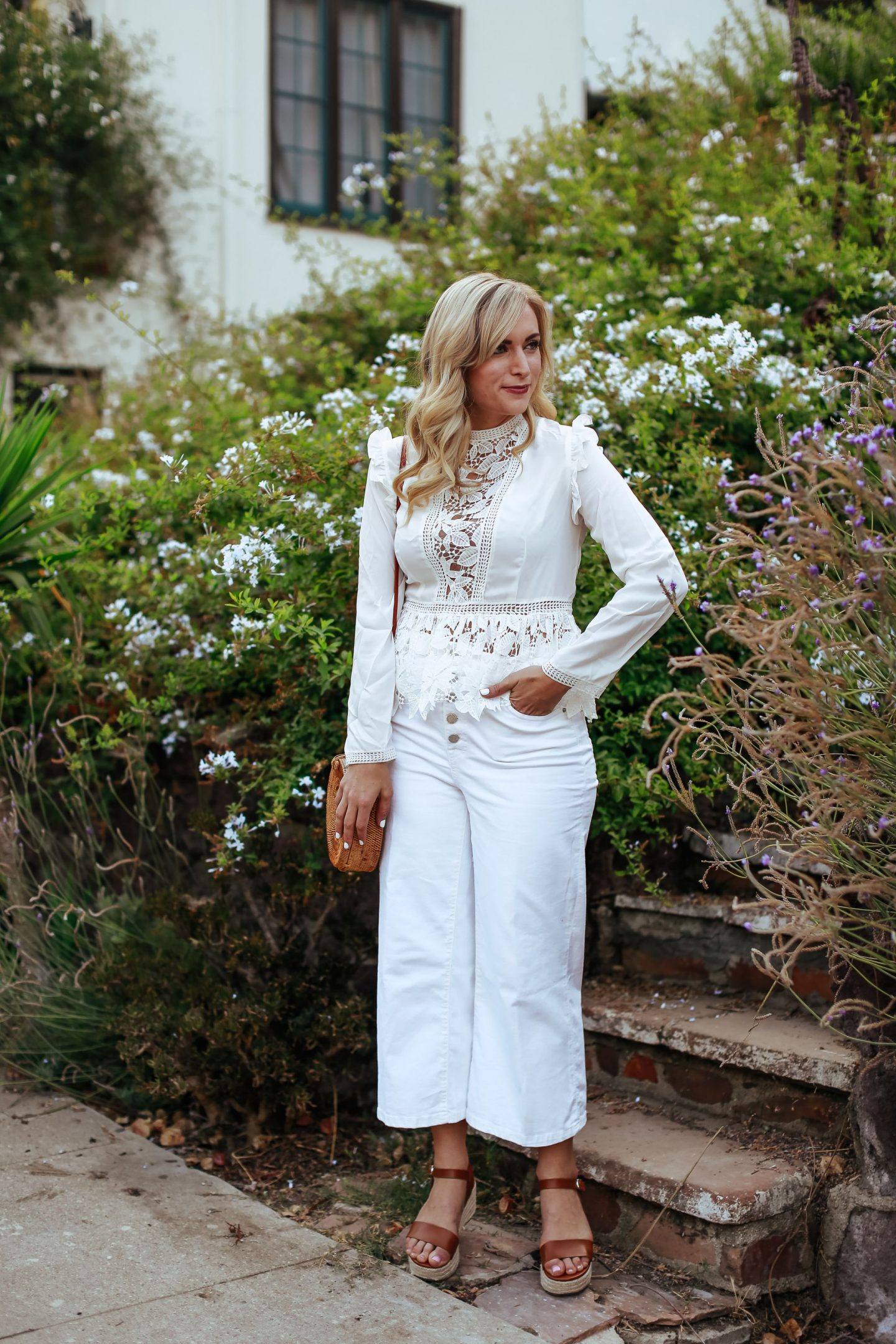 legallee blonde white denim culottes and white top what to wear with white jeans