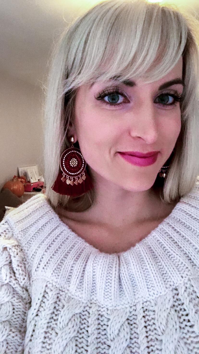 monthly favorites for september 2018 burgundy statement earrings aldo