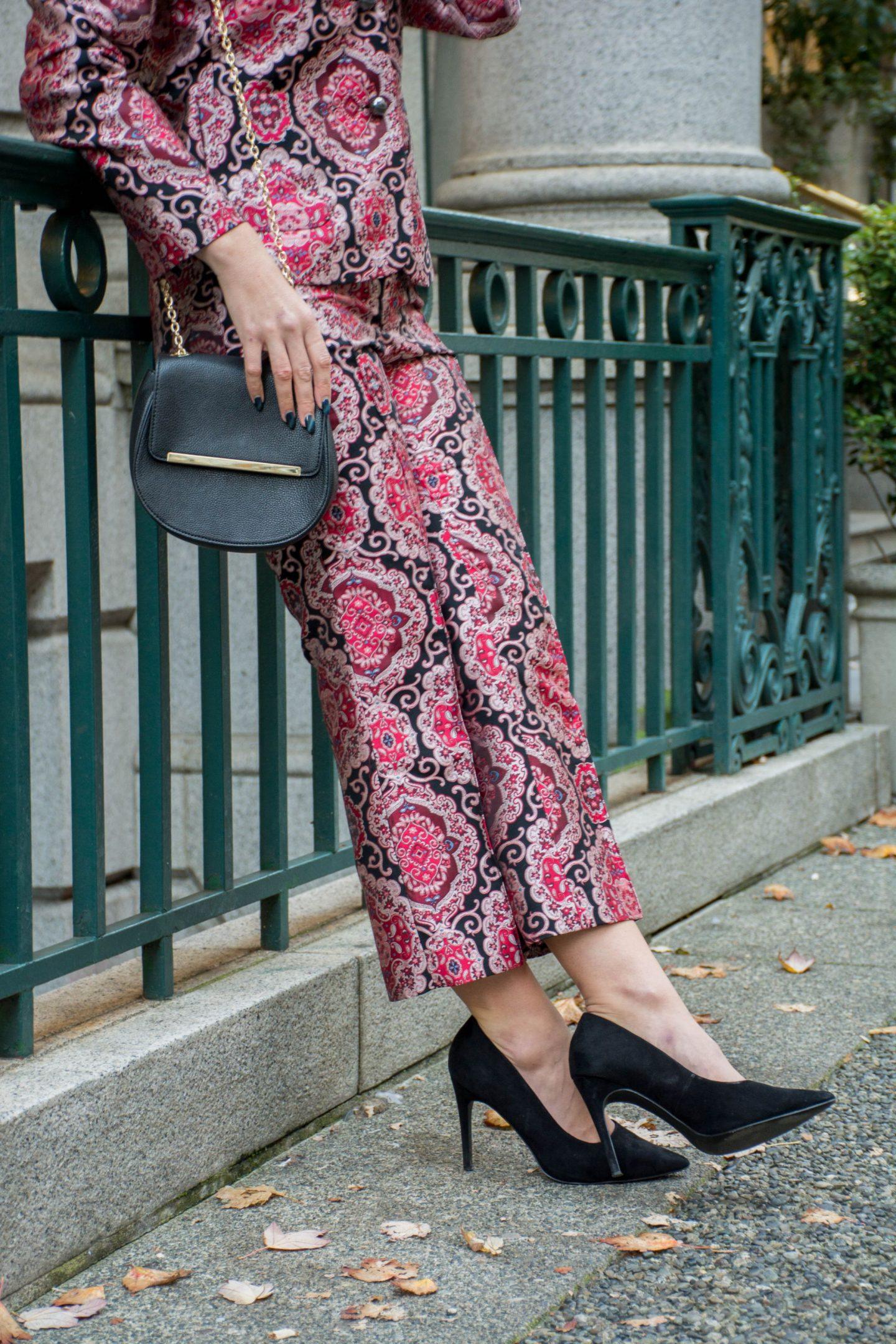 kate spade new york 30% off jacquard pants black suede heels