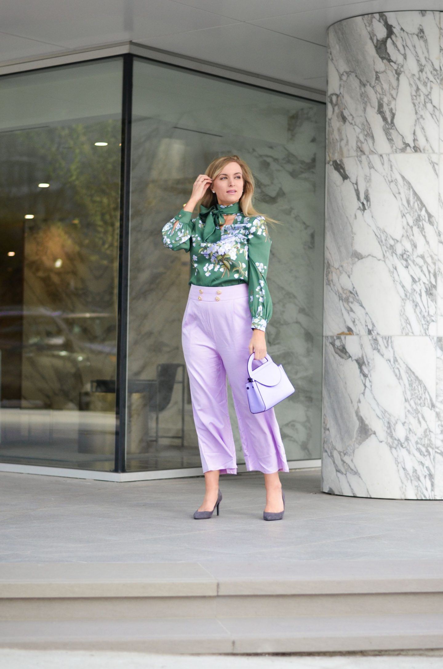 woman-standing-outfit-with-lilac-culottes
