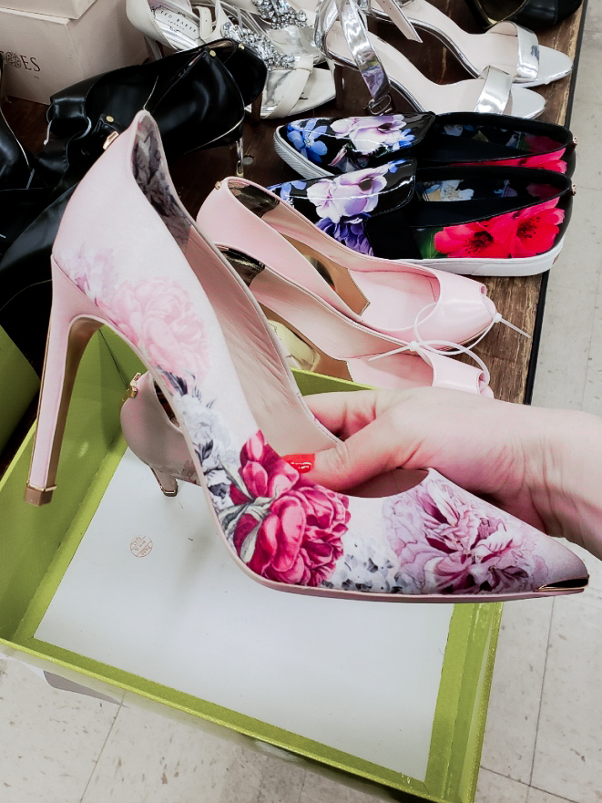 ted-baker-warehouse-sale-in-vancouver-floral-print-shoe
