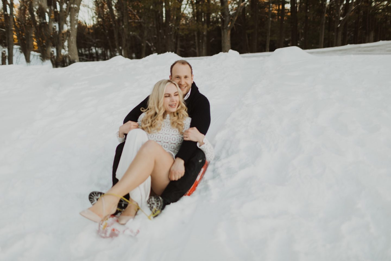 couple-sledding-tips-to-reduce-wedding-planning-stress