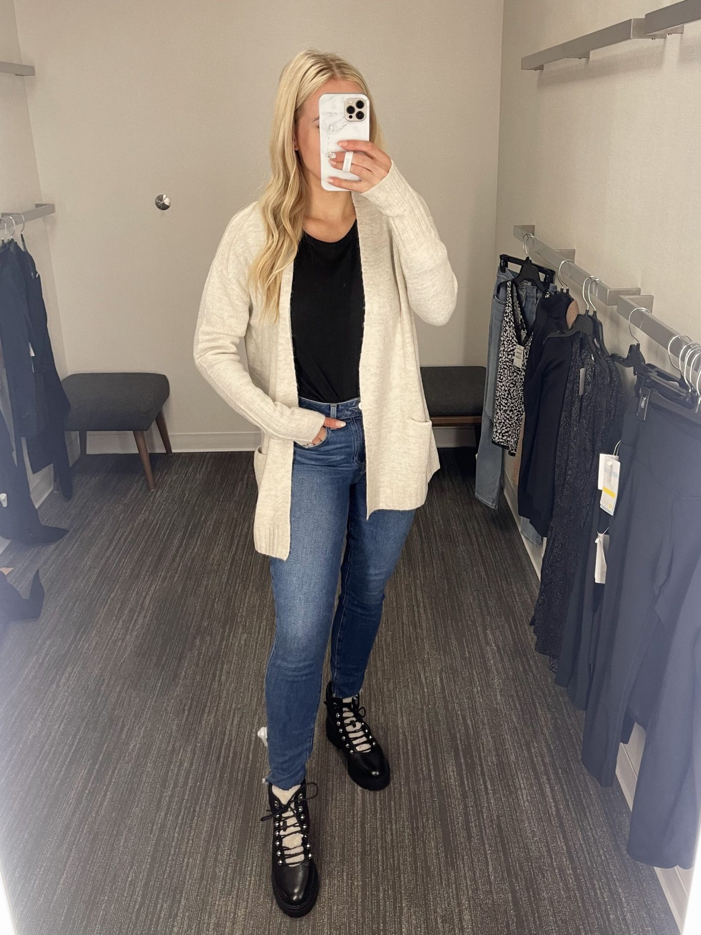 legallee blonde wearing Nordstrom jeans and cardigan fitting room review - nordstrom anniversary sale