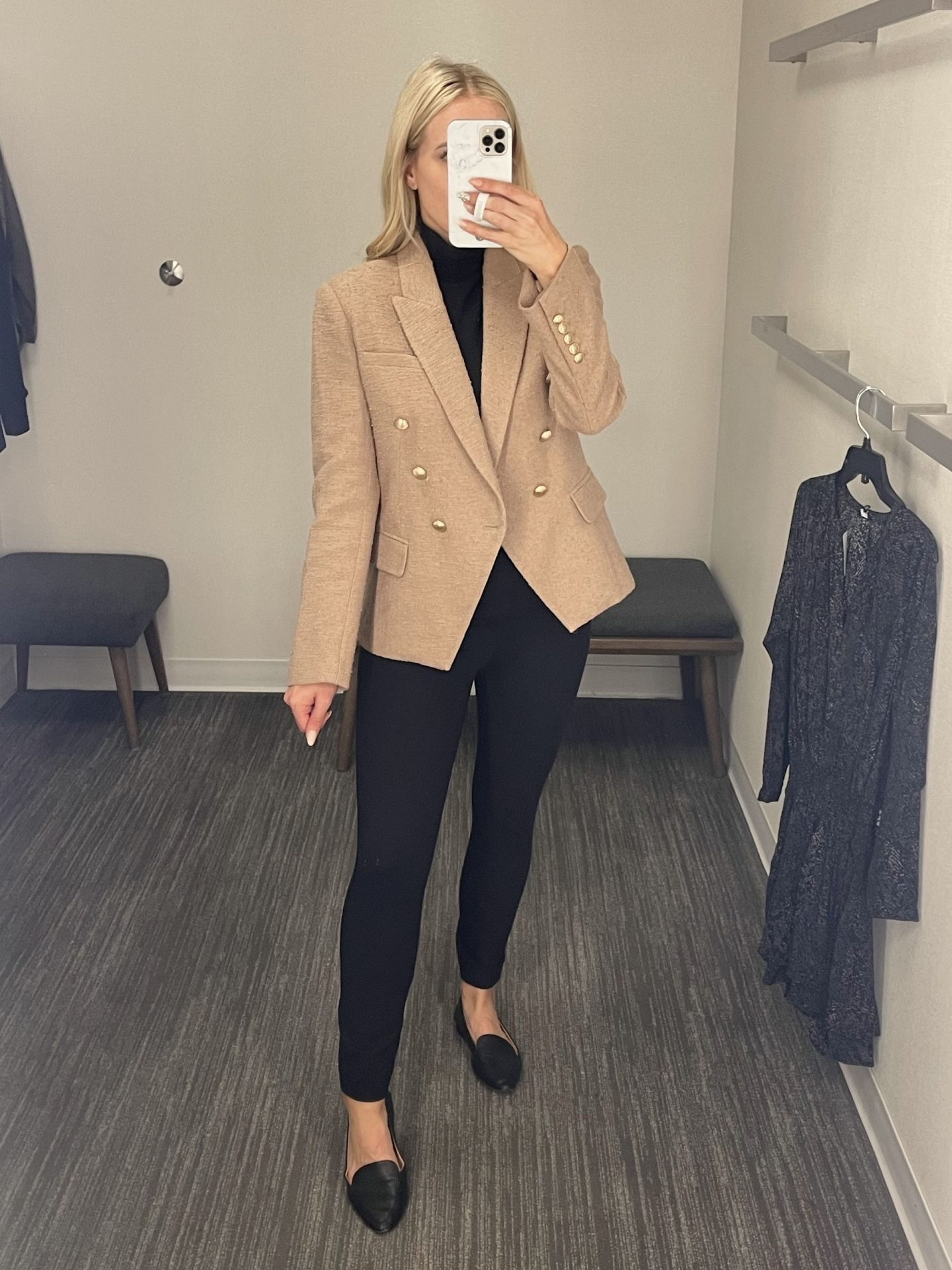 legallee blonde wearing l'agence blazer Fitting Room Review - Nordstrom Anniversary Sale